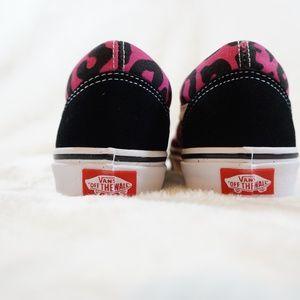 Vans Shoes - Vans Old Skool Pink   Black Leopard Print Shoes 5abe34b26
